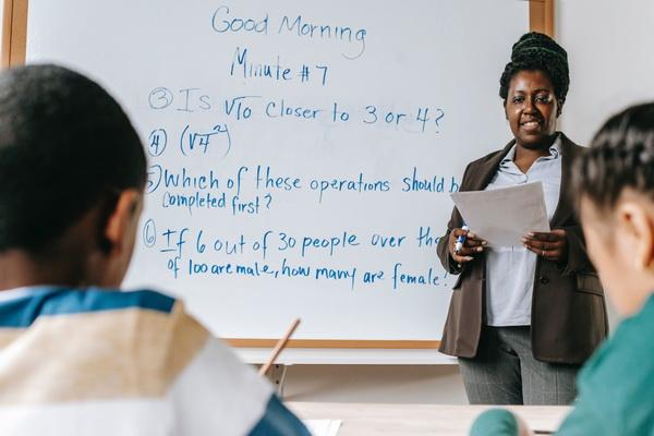 Английский в языковой школе